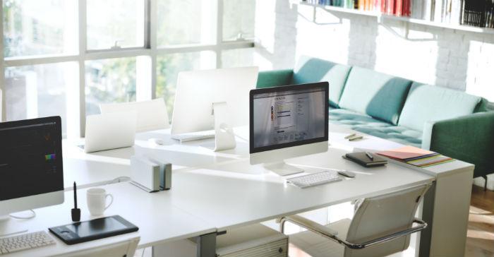 riktig belysning på kontoret bidrar til godt miljø